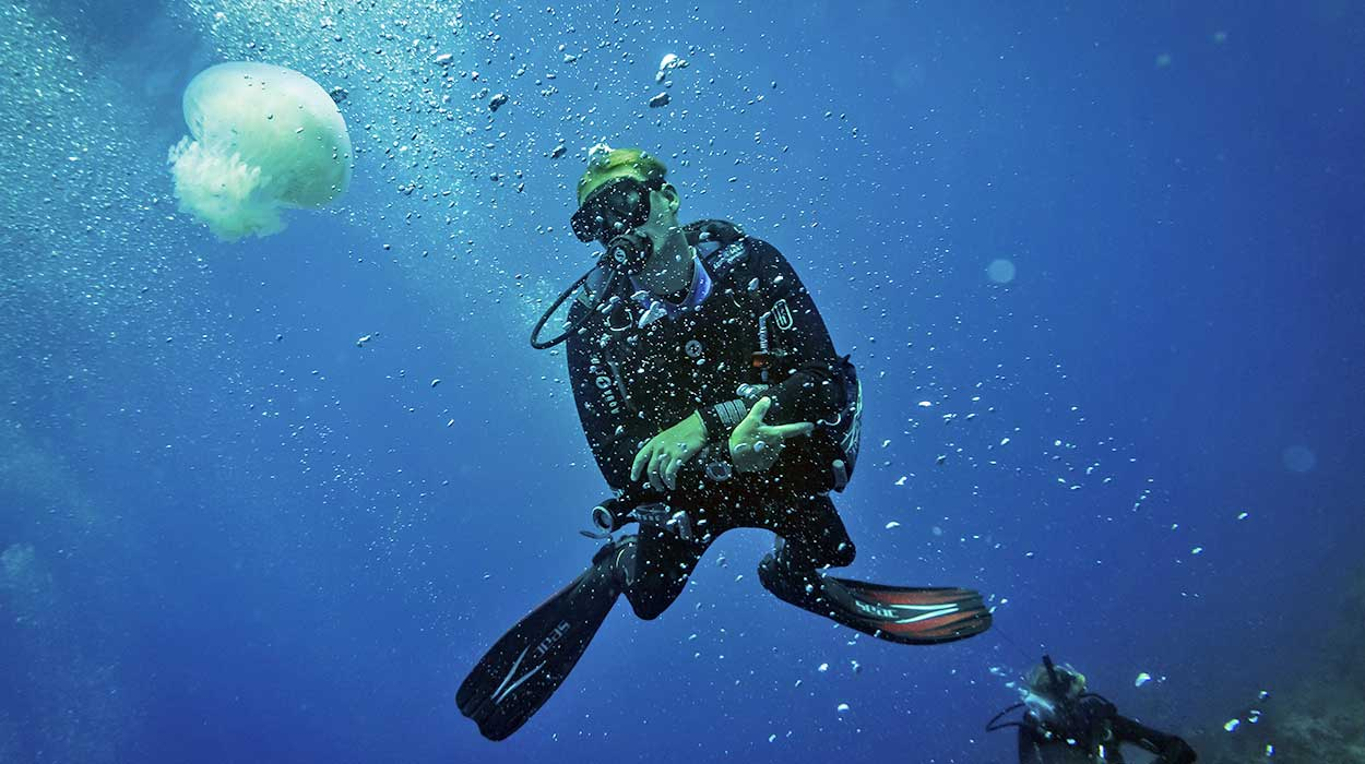 scuba diving costa rica instructor