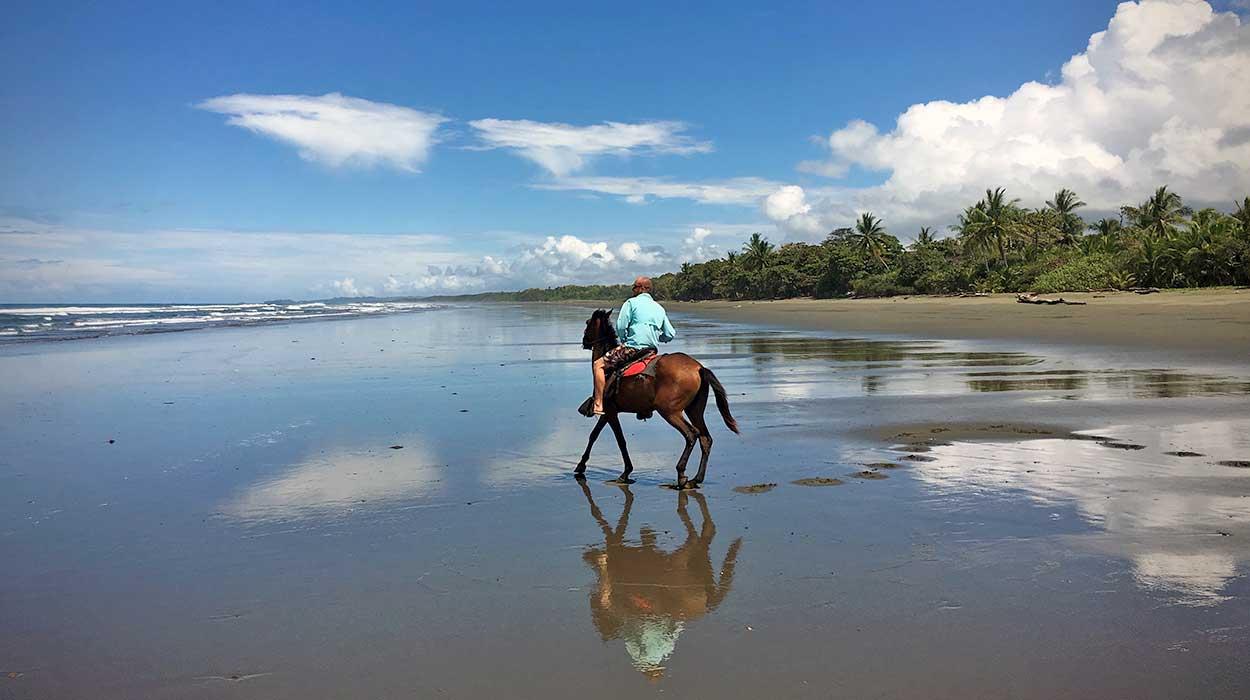 Costa Rica ida y vuelta